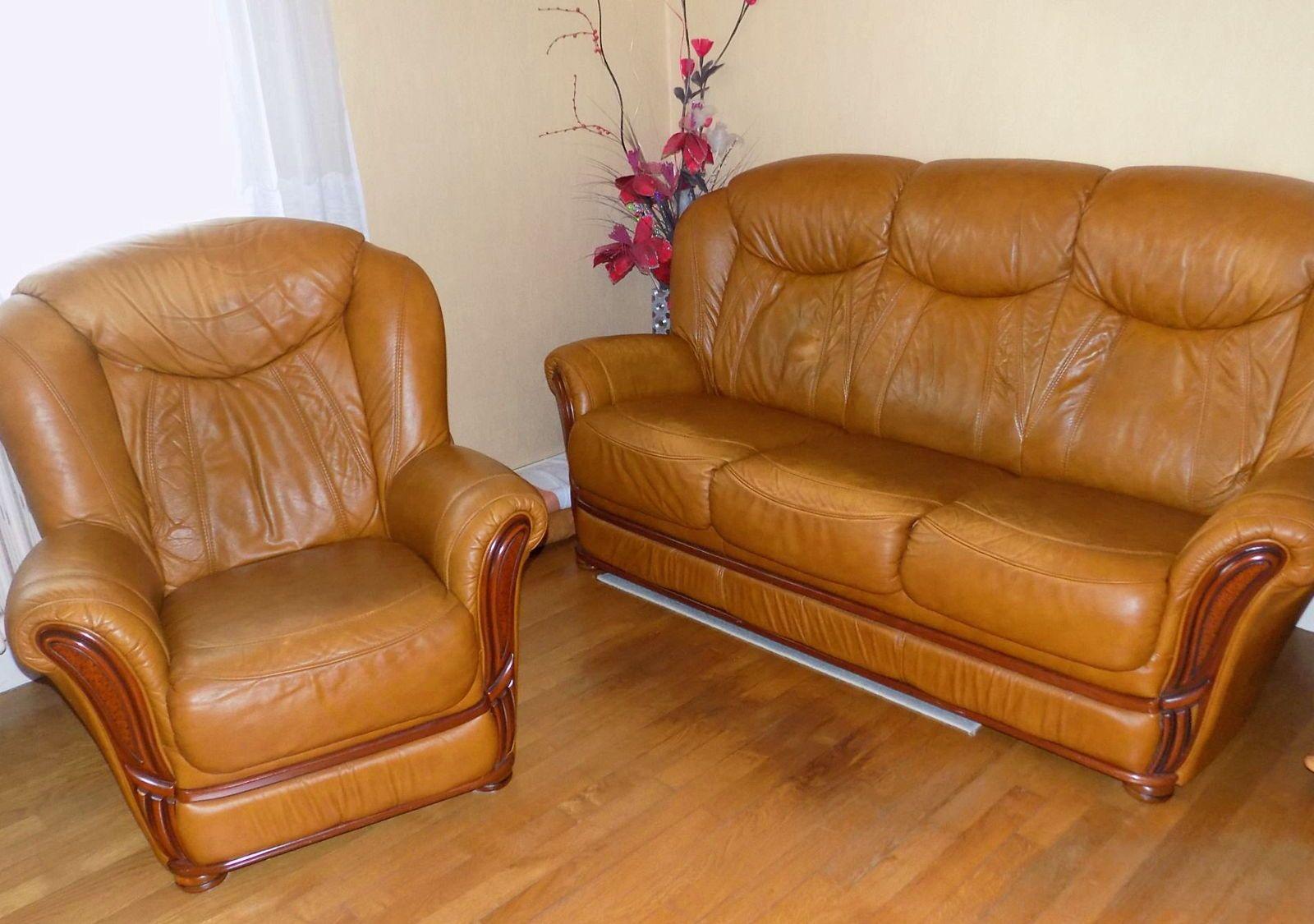 Canapé 3places + 1fauteuil en cuir