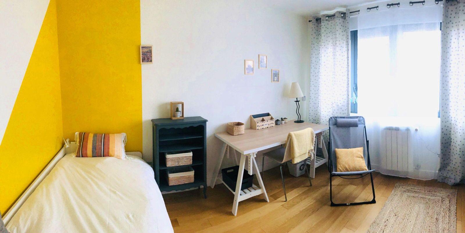Loue chambre 11m² à étudiant(e) dans notre maison-Rueil (92)