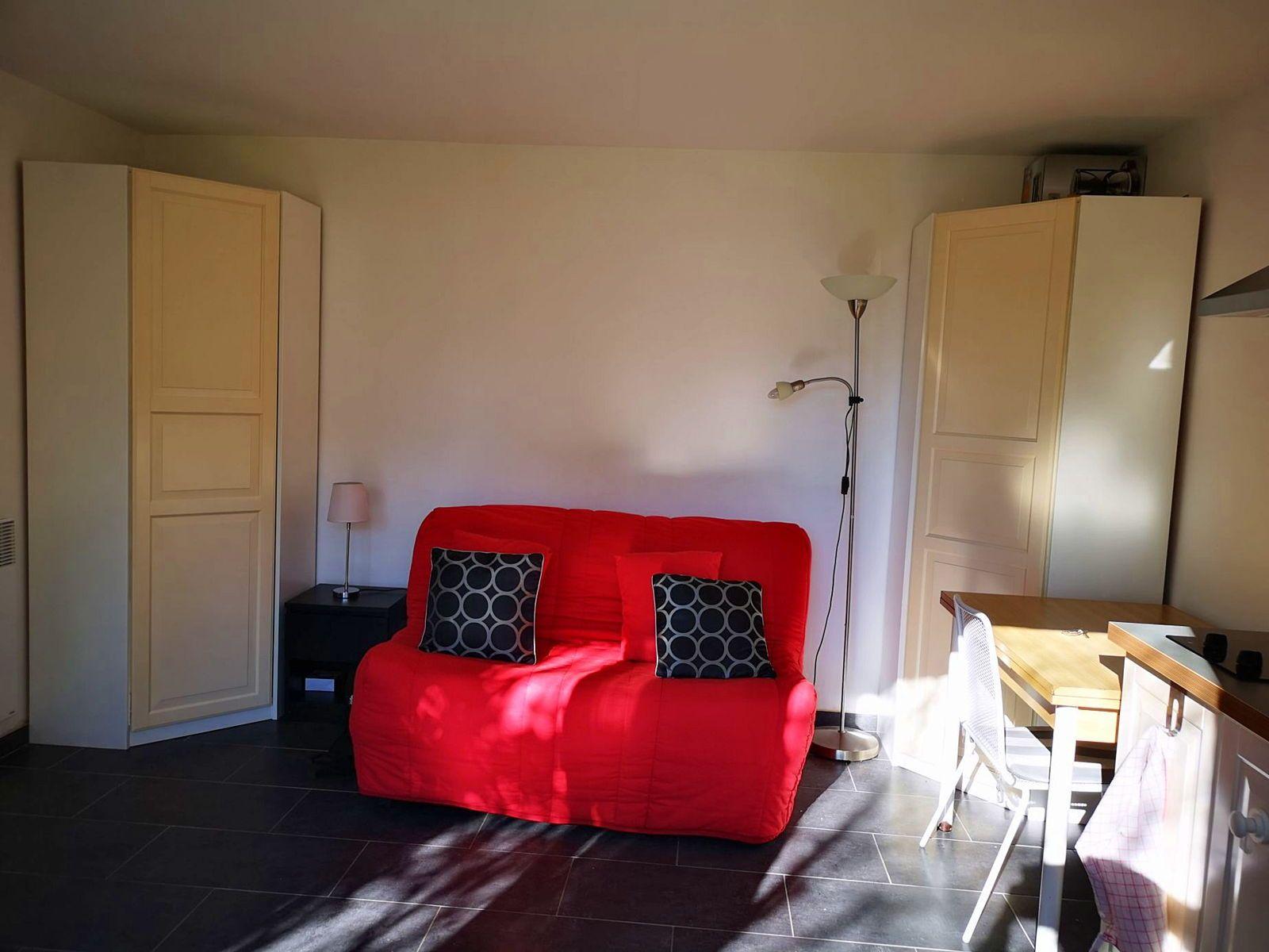 Loue chambre meublée indépendante 17m² à Rueil Malmaison