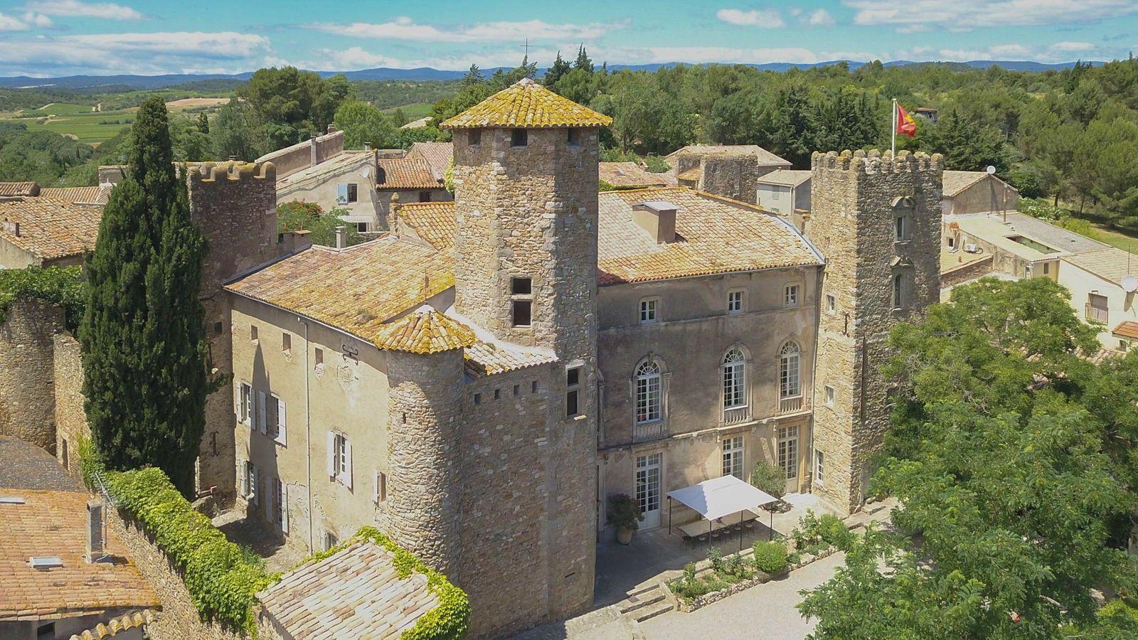 Loue château médiéval Languedoc (34) en exclusivité 18personnes