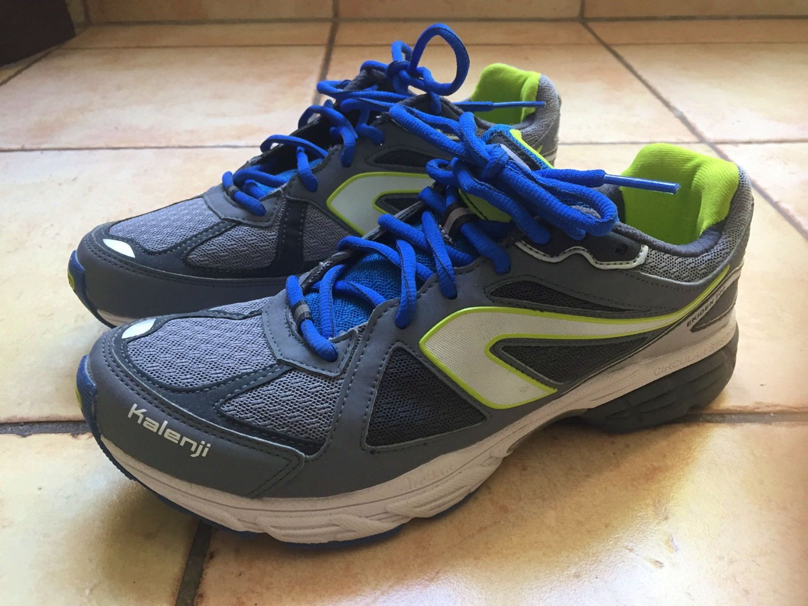 Chaussures /Baskets de running pointure 41 - Décathlon