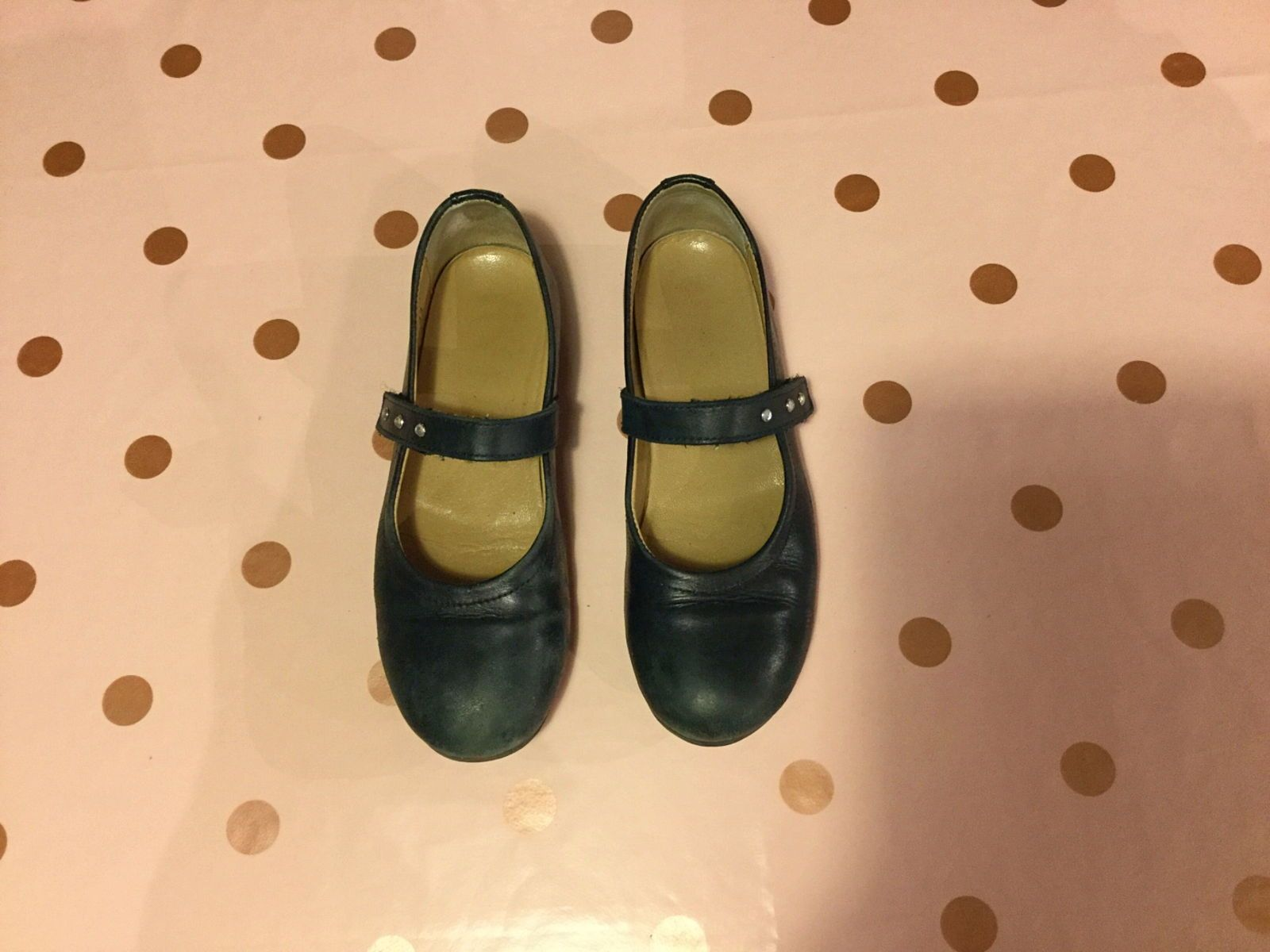 Chaussures en cuir bleu marine pointure 33