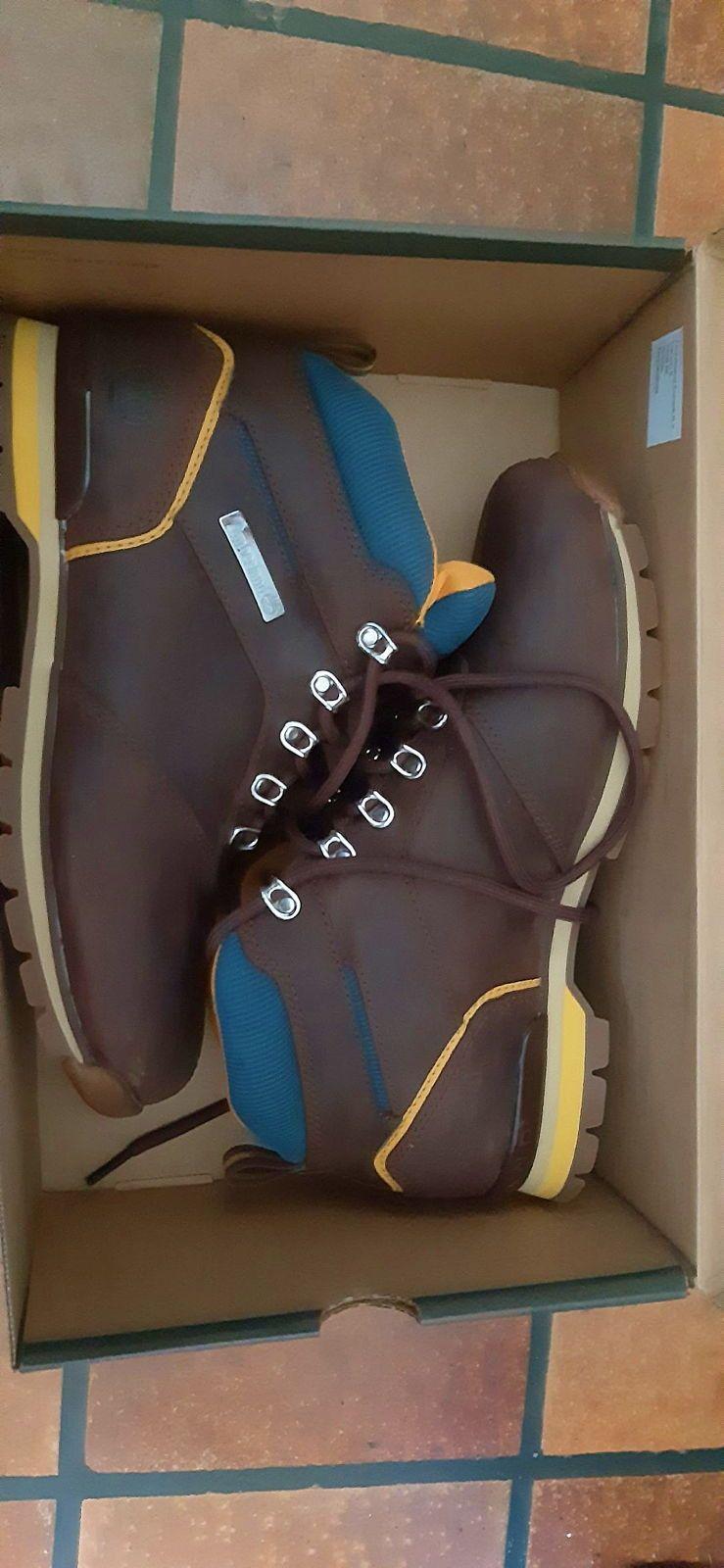 Chaussures de randonnée - pointure 43