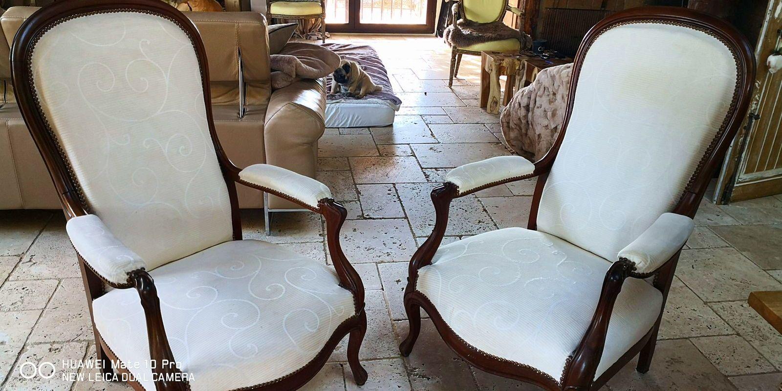 Vends paire de fauteuils Voltaire