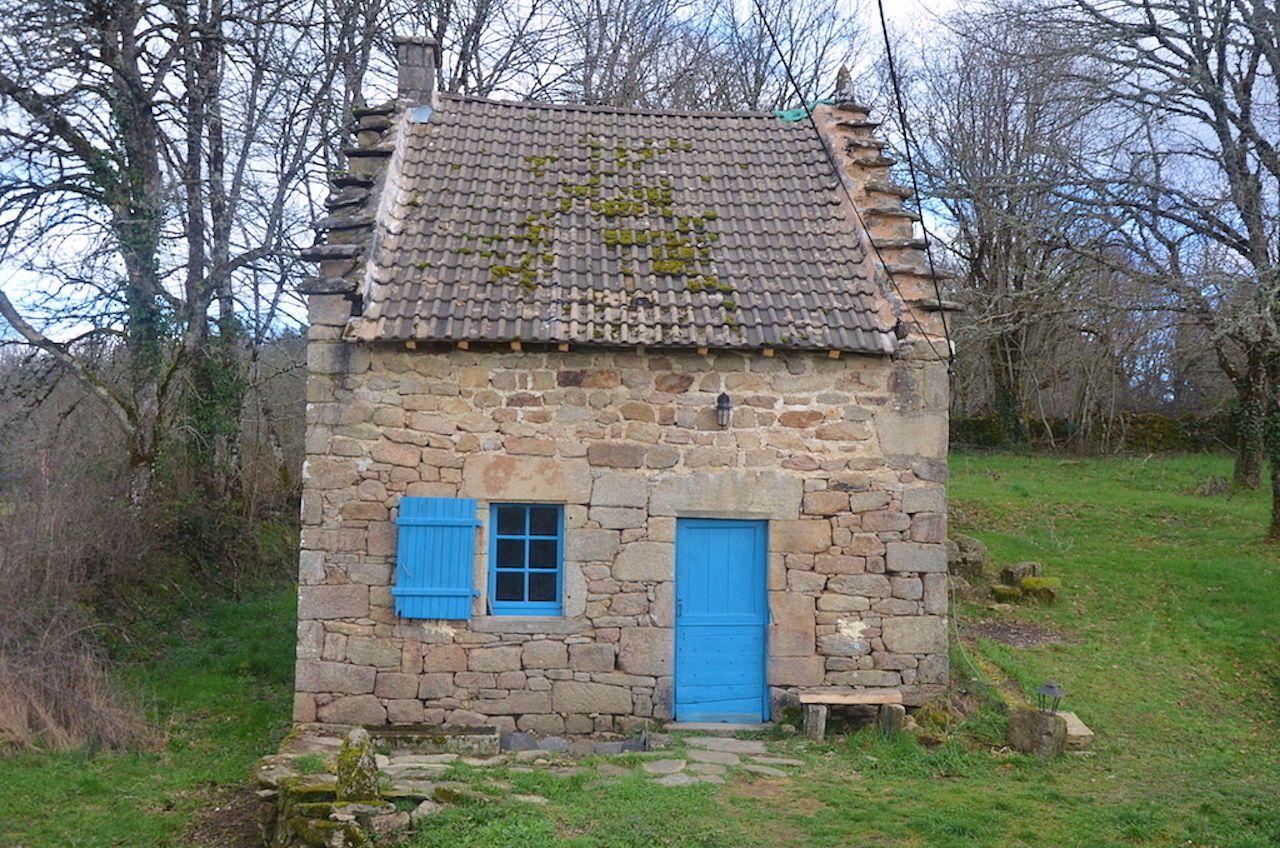 Loue maison - Un cocon dans la nature - 2chambres - Meyrignac-l'Église (19800)