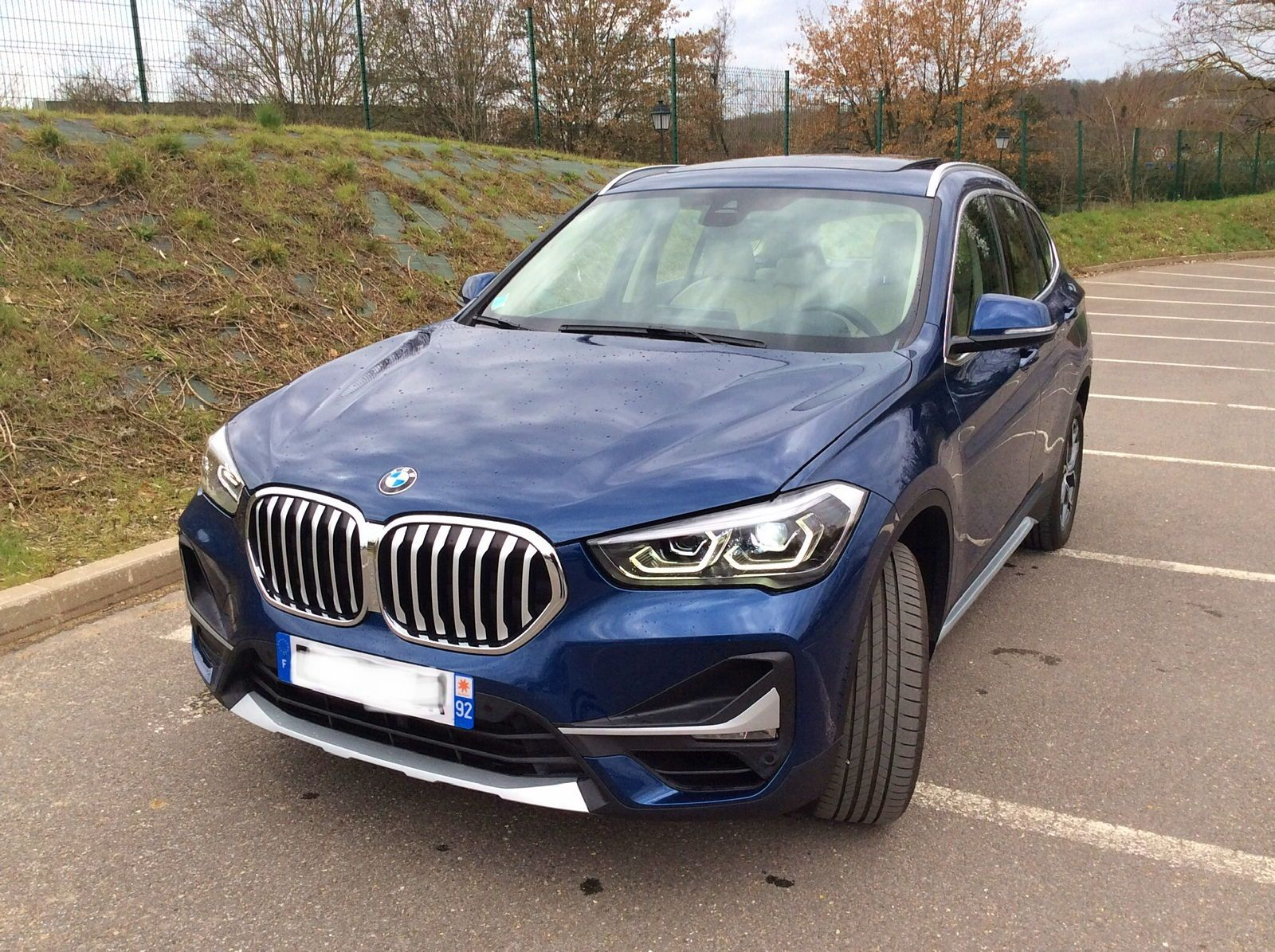 Collaborateur BMW vend X1 1.8i essence BVA X Line 2020 - 3900km