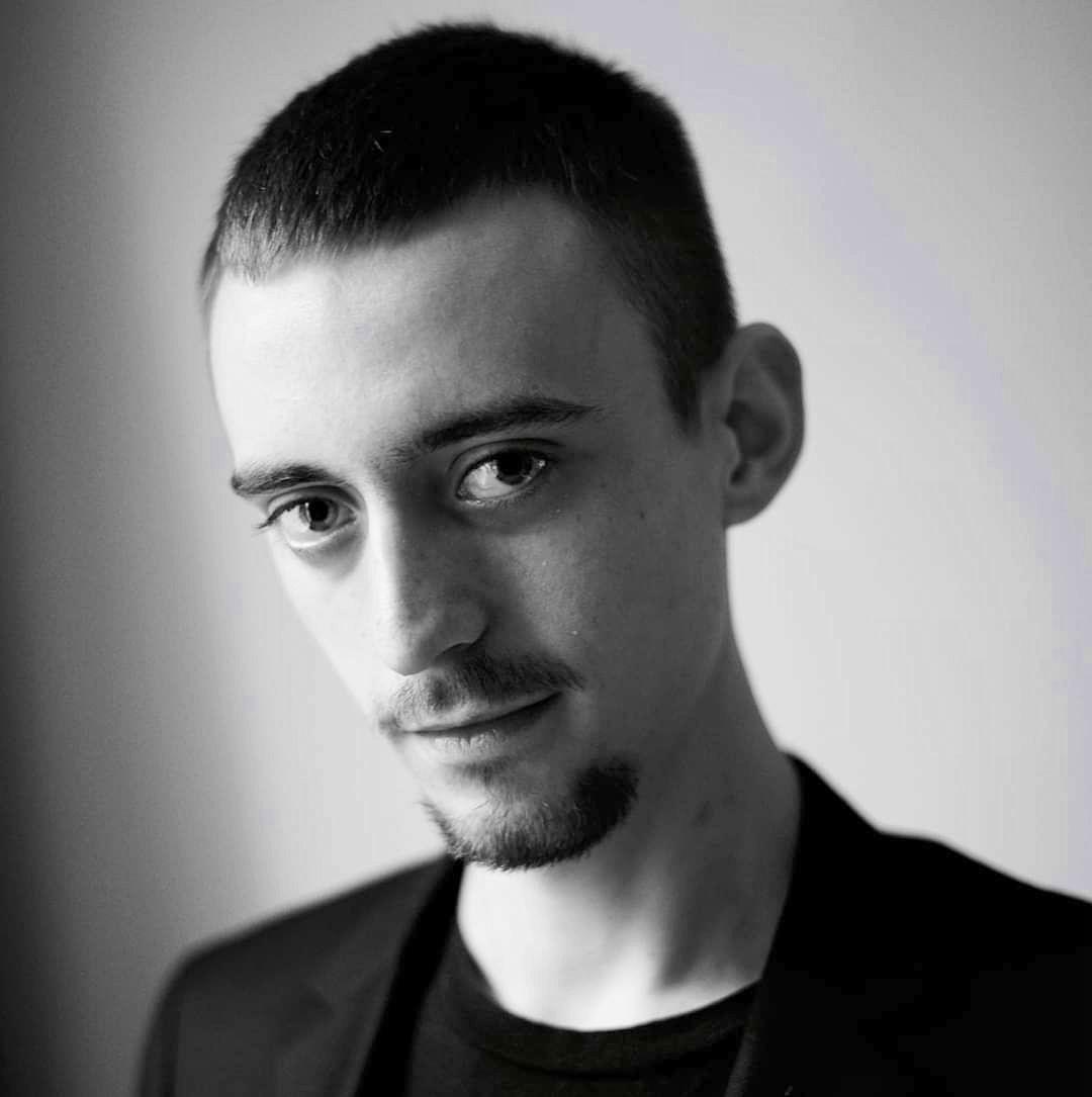 Propose cours de chant et/ou technique vocale à Versailles