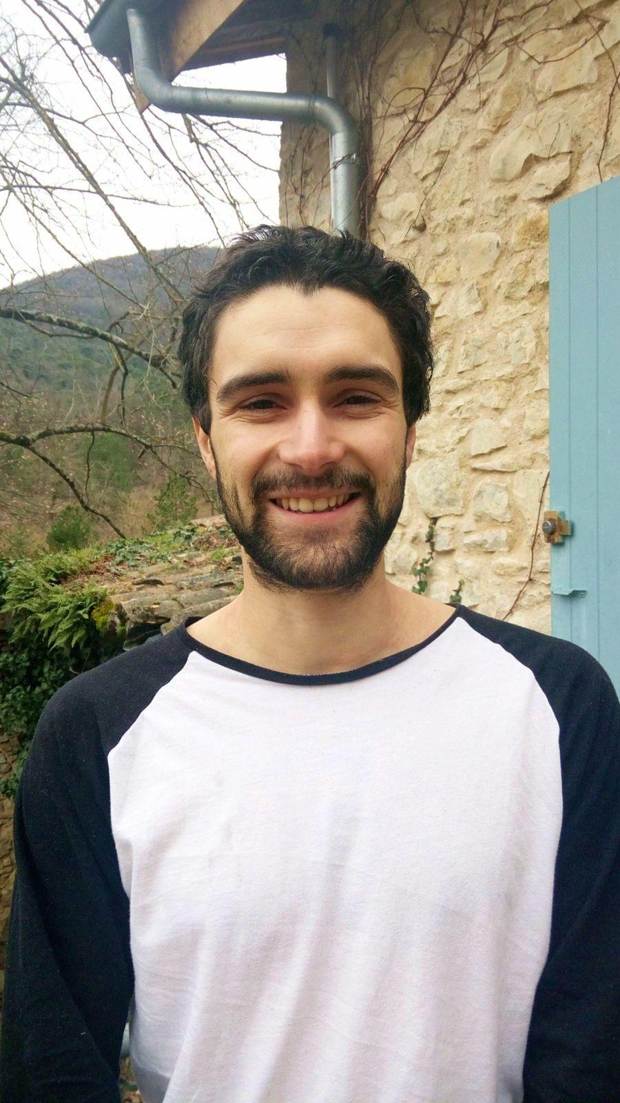 Ingénieur Centrale Paris propose cours de Maths à domicile