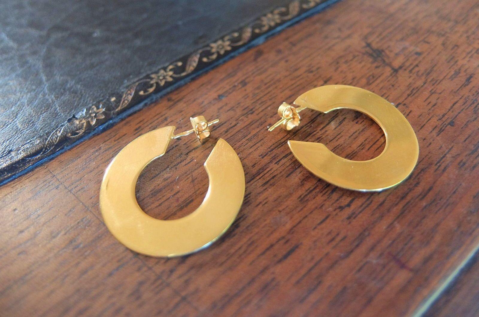 Creoles dorées plates 2,5cm de diamètre, neuves
