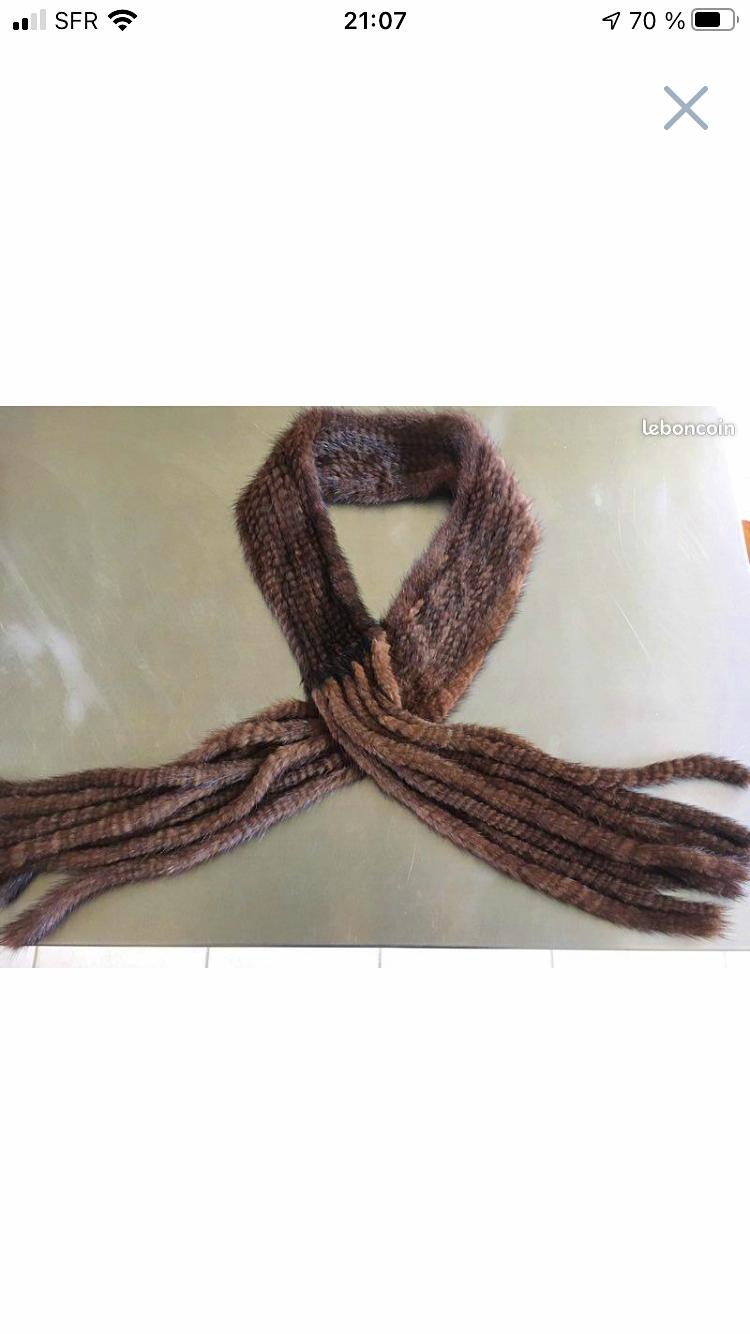 Écharpe vison tricoté