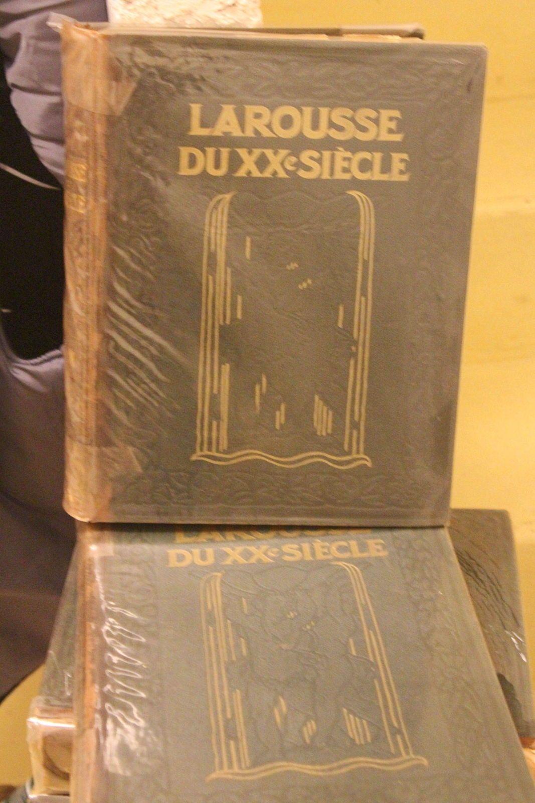 Encyclopédie LAROUSSE du XXème siècle en 6volumes et un supplément