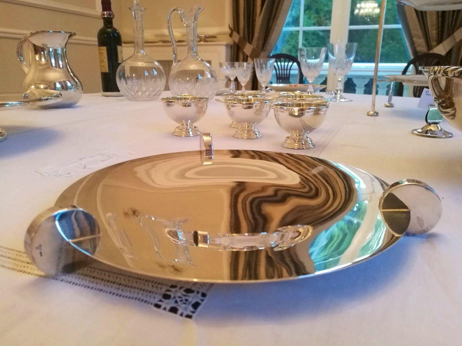 """Très jolie coupe plate en métal argenté modèle """"Galet"""" Ercuis"""