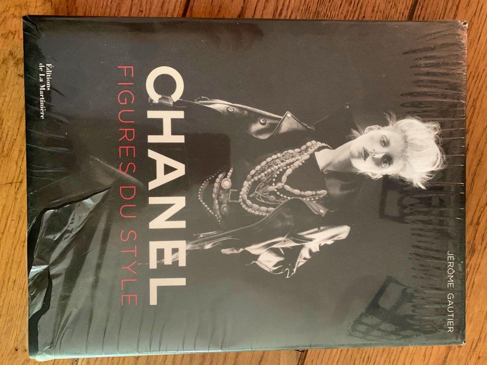Vends Livre Chanel figures du style