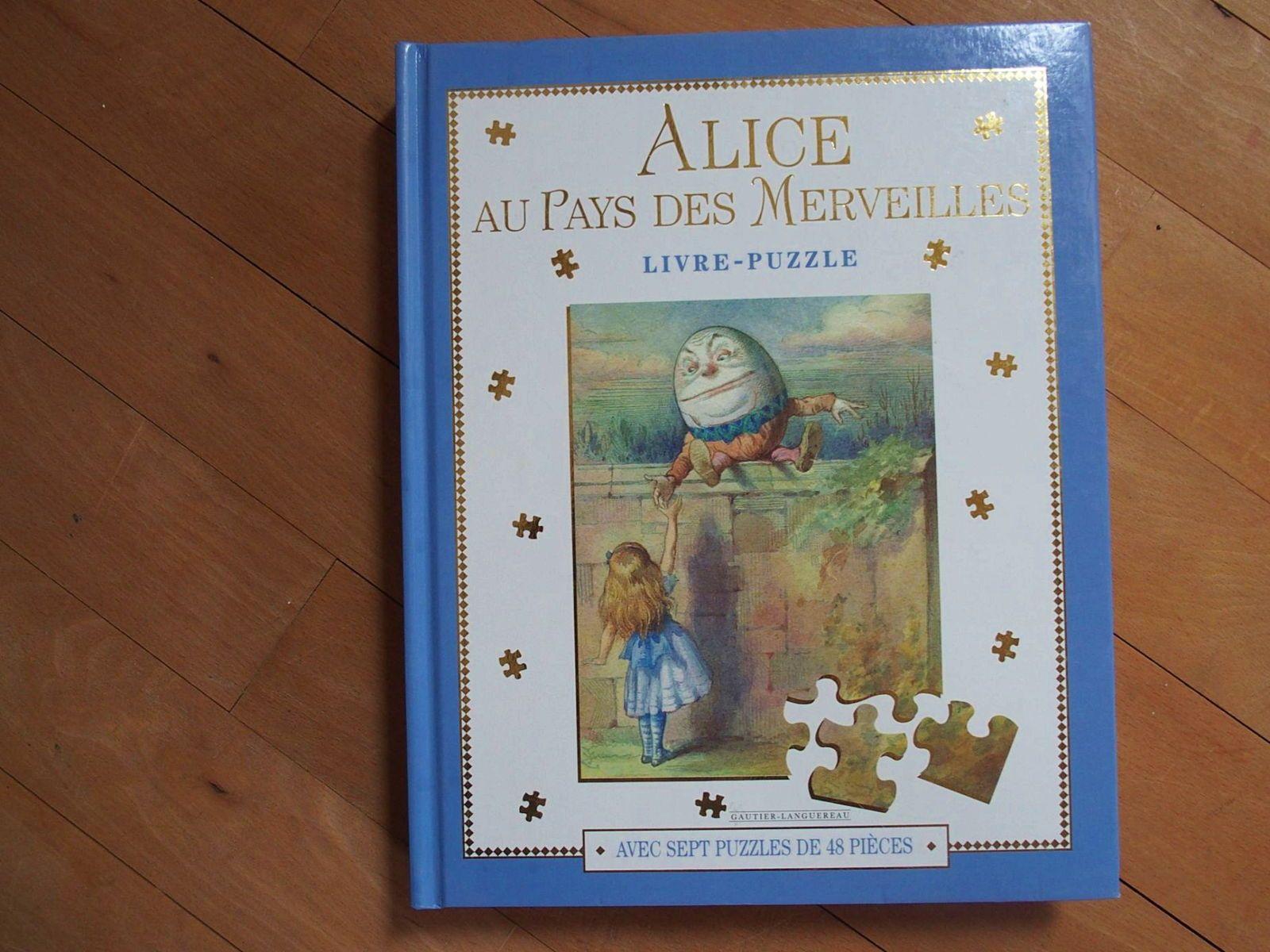 Livre-puzzle. Alice au pays des Merveilles. Neuf