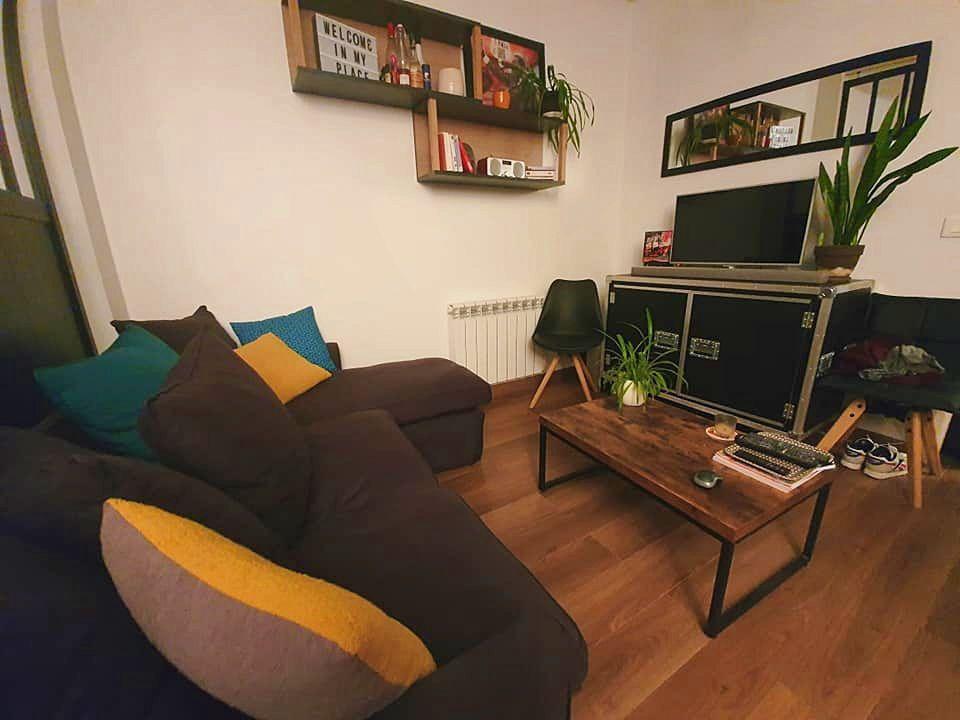 Loue grand studio meublé