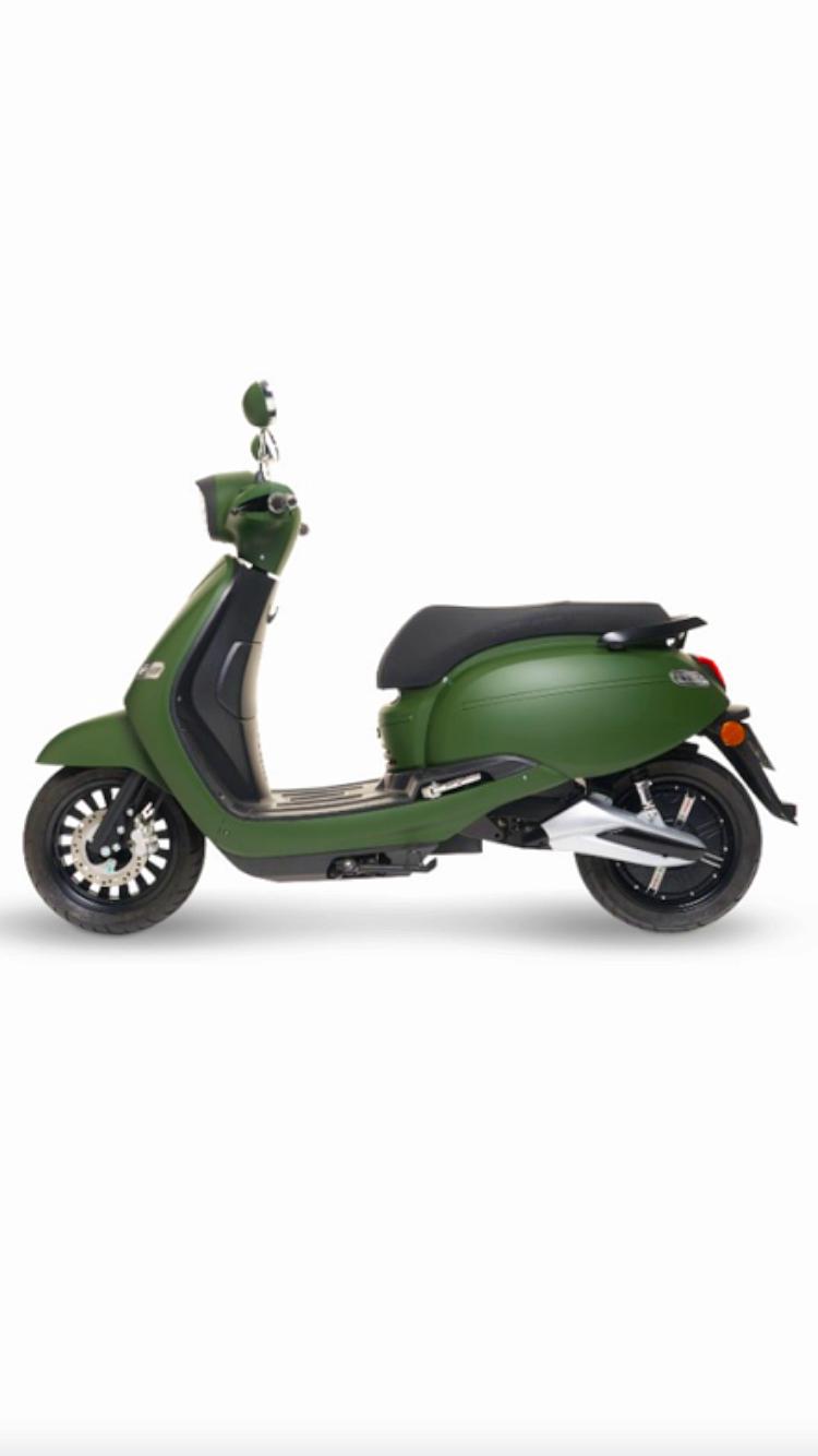 Sous-loue Scooter électrique neuf - Paris