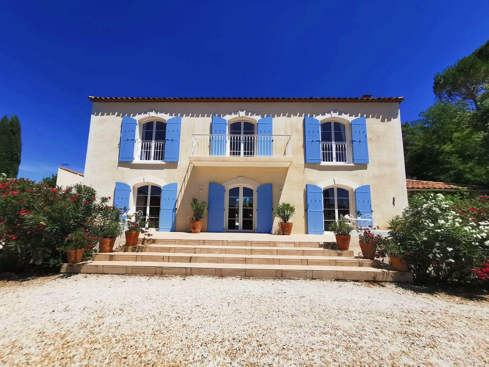 Loue Magnifique Bastide proche Montpellier - 4chambres 240m²