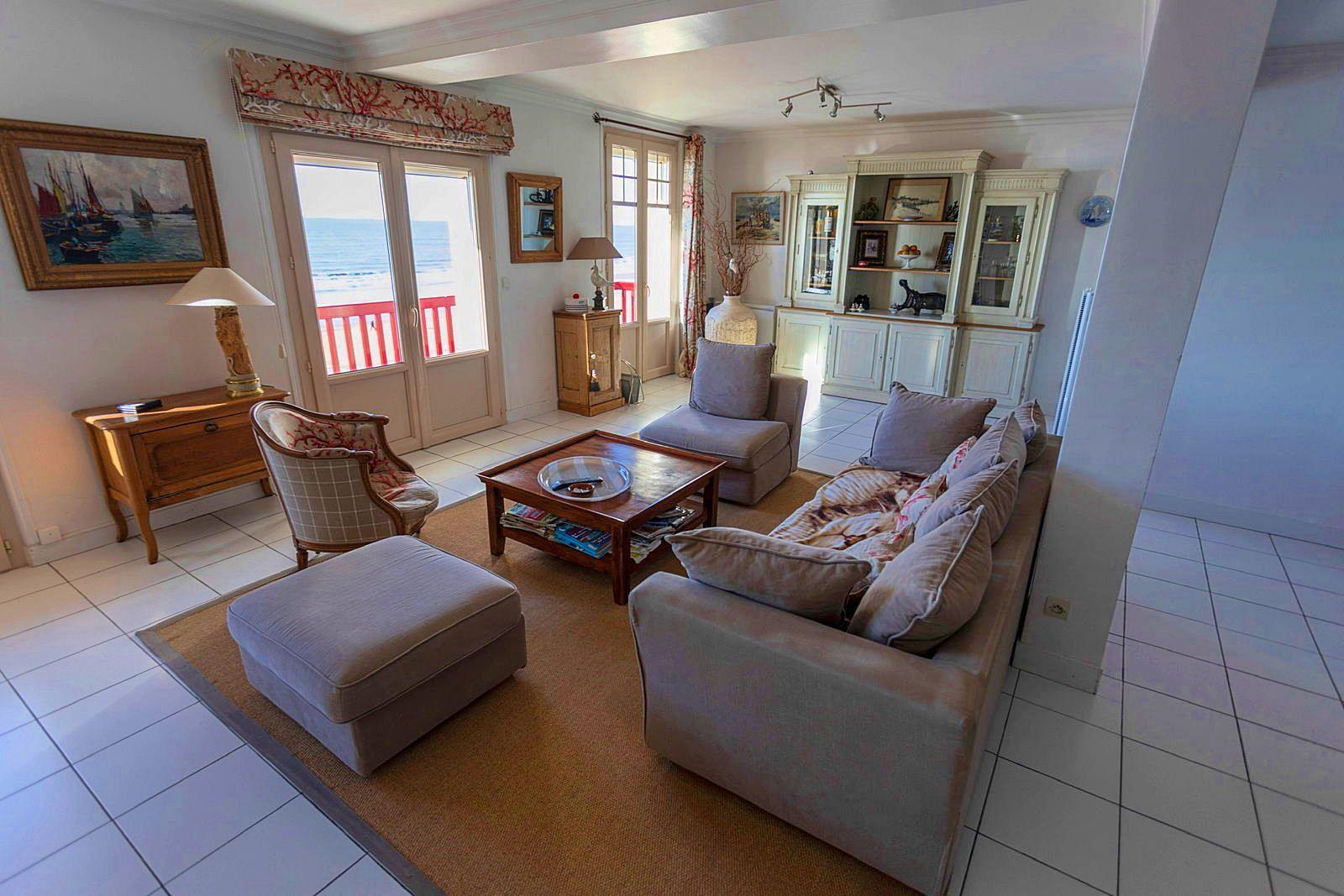Loue magnifique appartement front de mer - 6couchages - Jullouville (50)