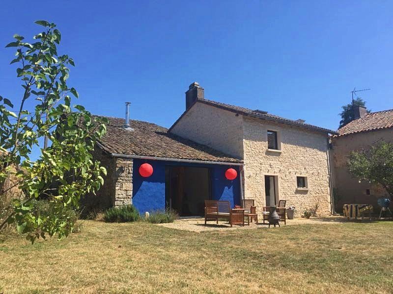 Loue maison ancienne récemment restaurée, Valence-en-Poitou (86)