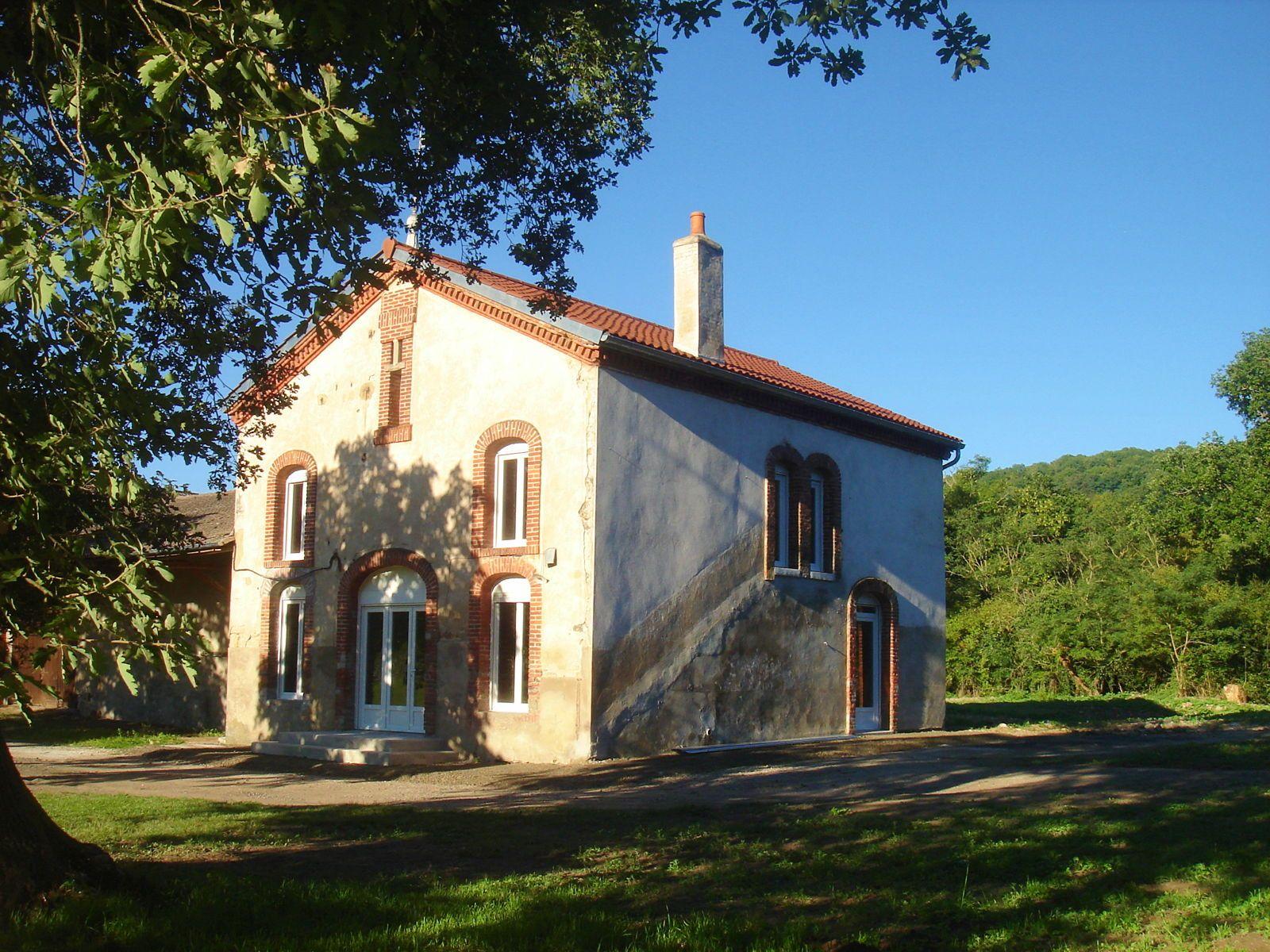 Loue maison 3chambres 145m² – Saint Yvoine (63)
