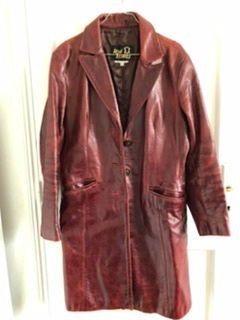 Vends Manteau cuir prune vintage taille 42