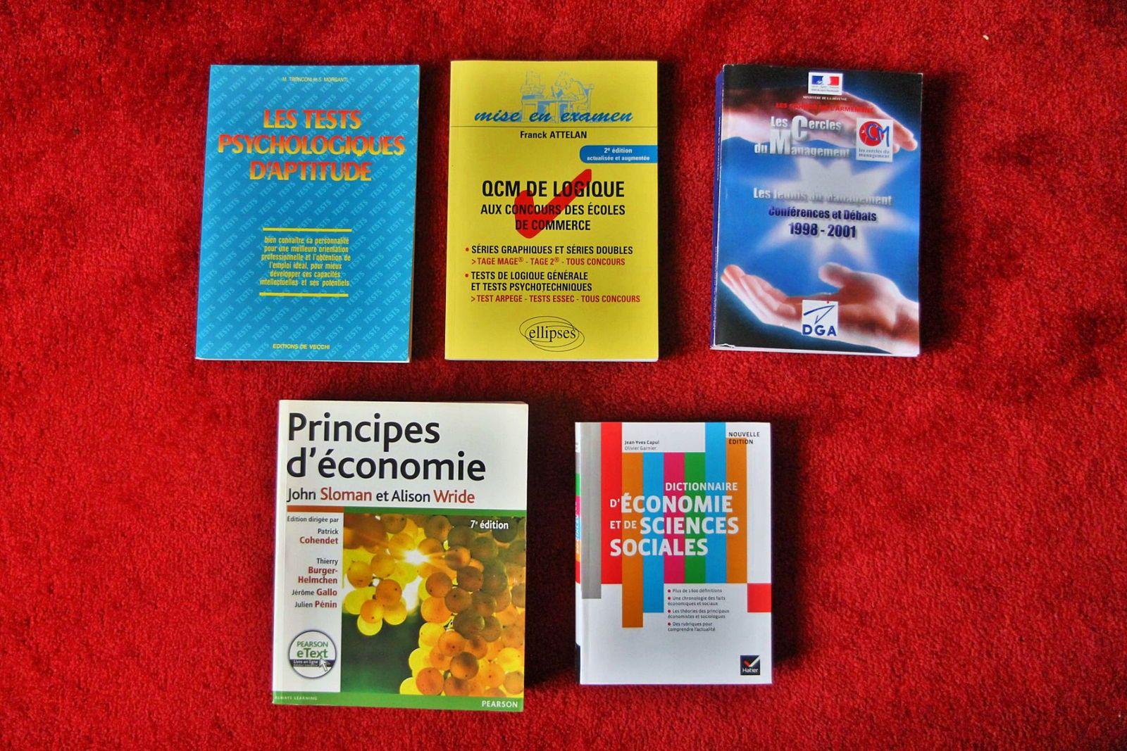 Vends manuels d'économie, de commerce ou de tests