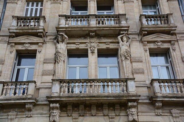 Loue T3Montpellier Centre quartier Comédie (34) - 78m²