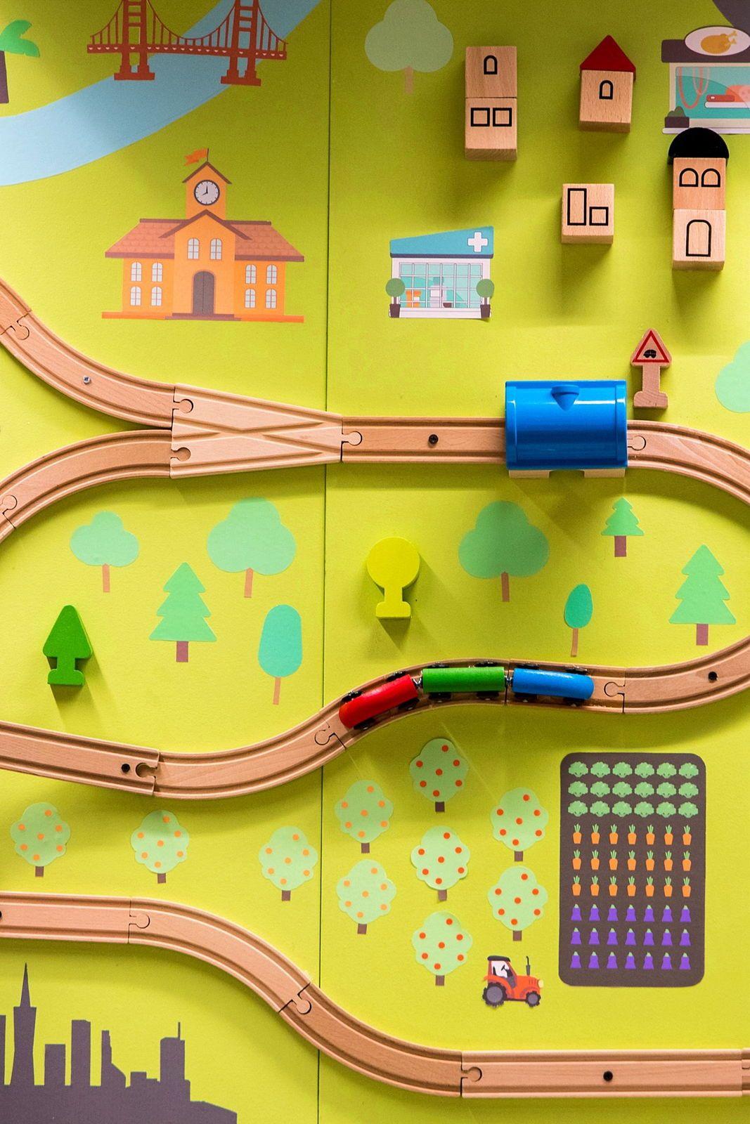 Cherche personne pour mutualisation accompagnement enfants trajets train Tours-Paris