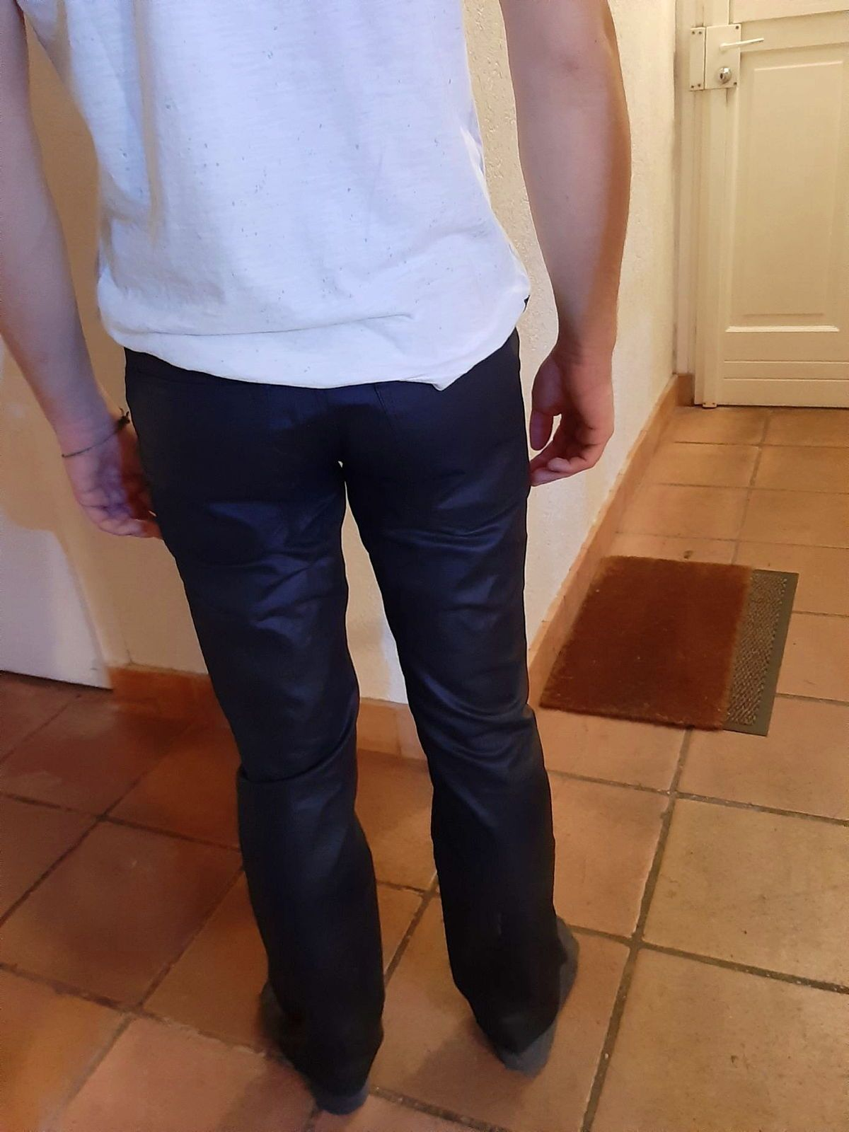 Pantalon noir slim, taille 29