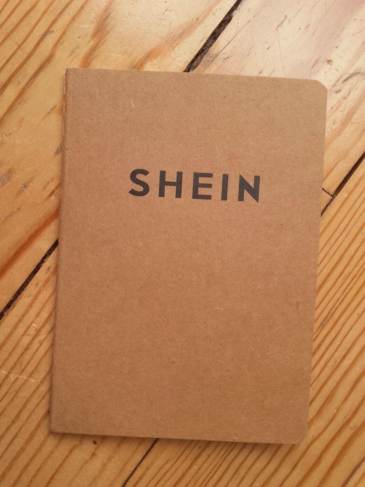 Petit carnet non ligné en papier recyclé 30pages Neuf