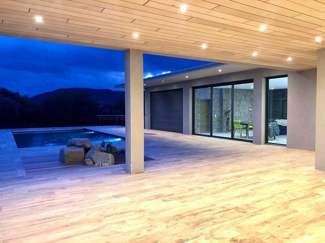 Le Petit Pinarello (20), loue villa 10couchages, piscine, plage à 200m