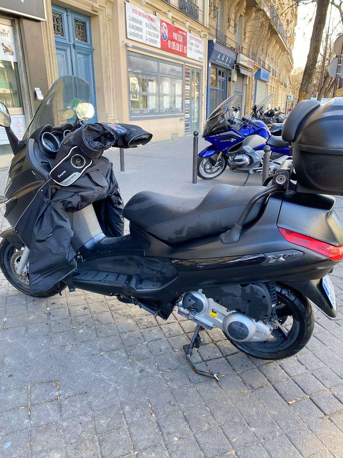 PIAGGIO XEVO 125cc 1ère main 201517000Km