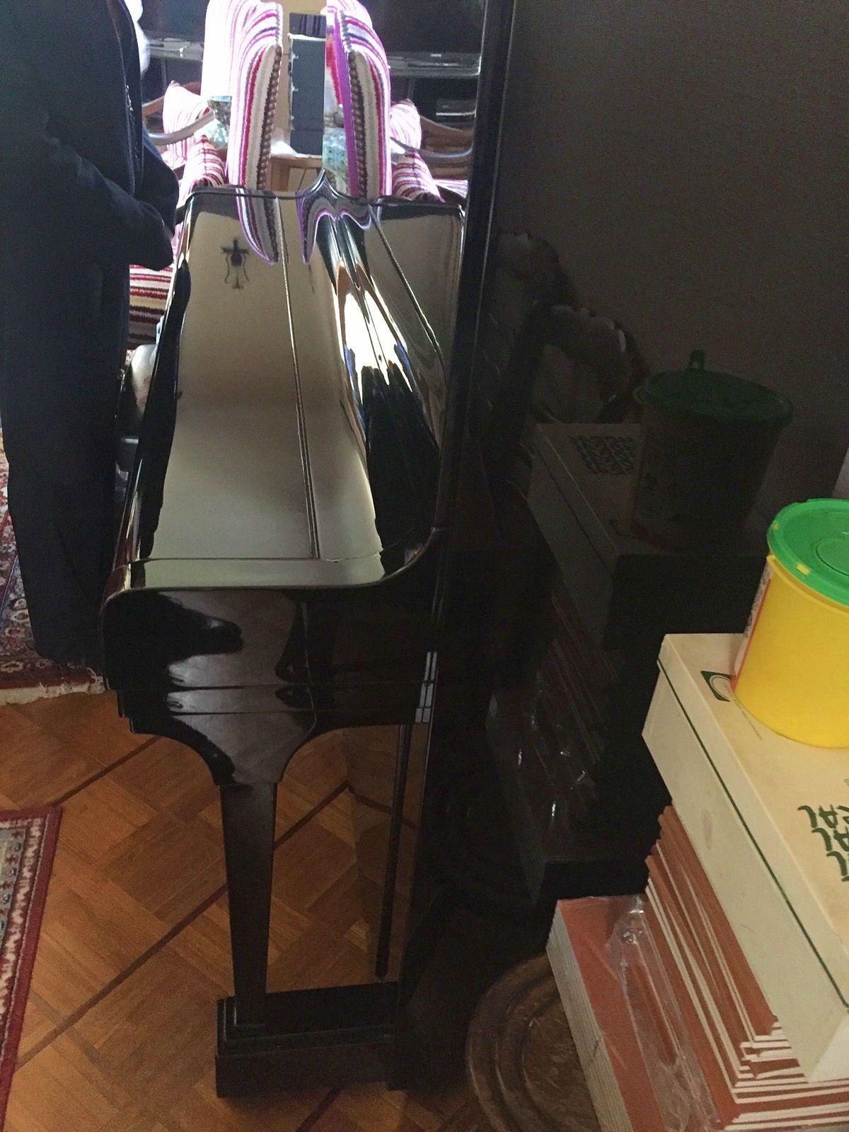 Piano Droit de concert A8BECHTEIN