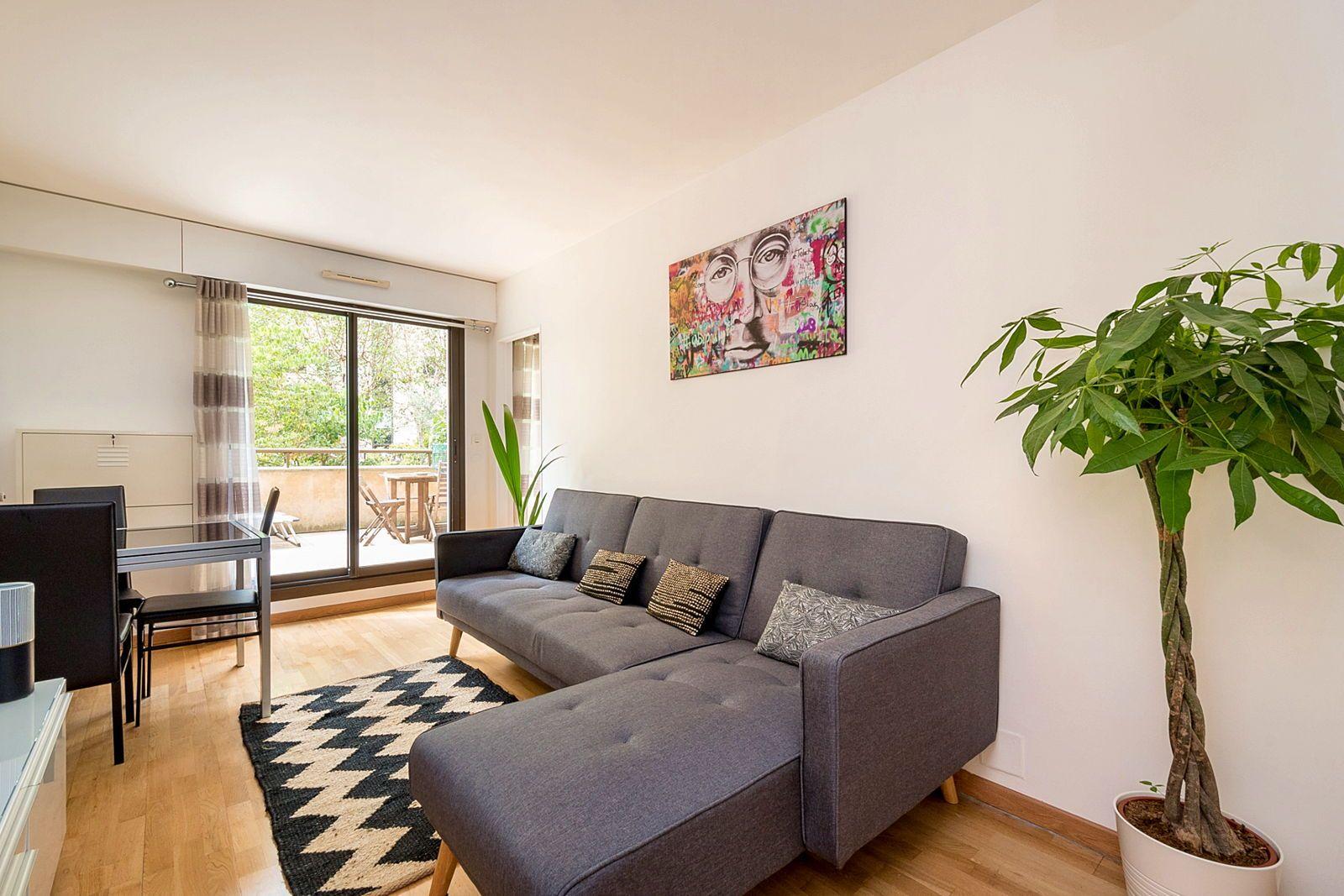 Loue T2meublé 30m² avec terrasse 20m² + parking - Levallois-Perret (92)