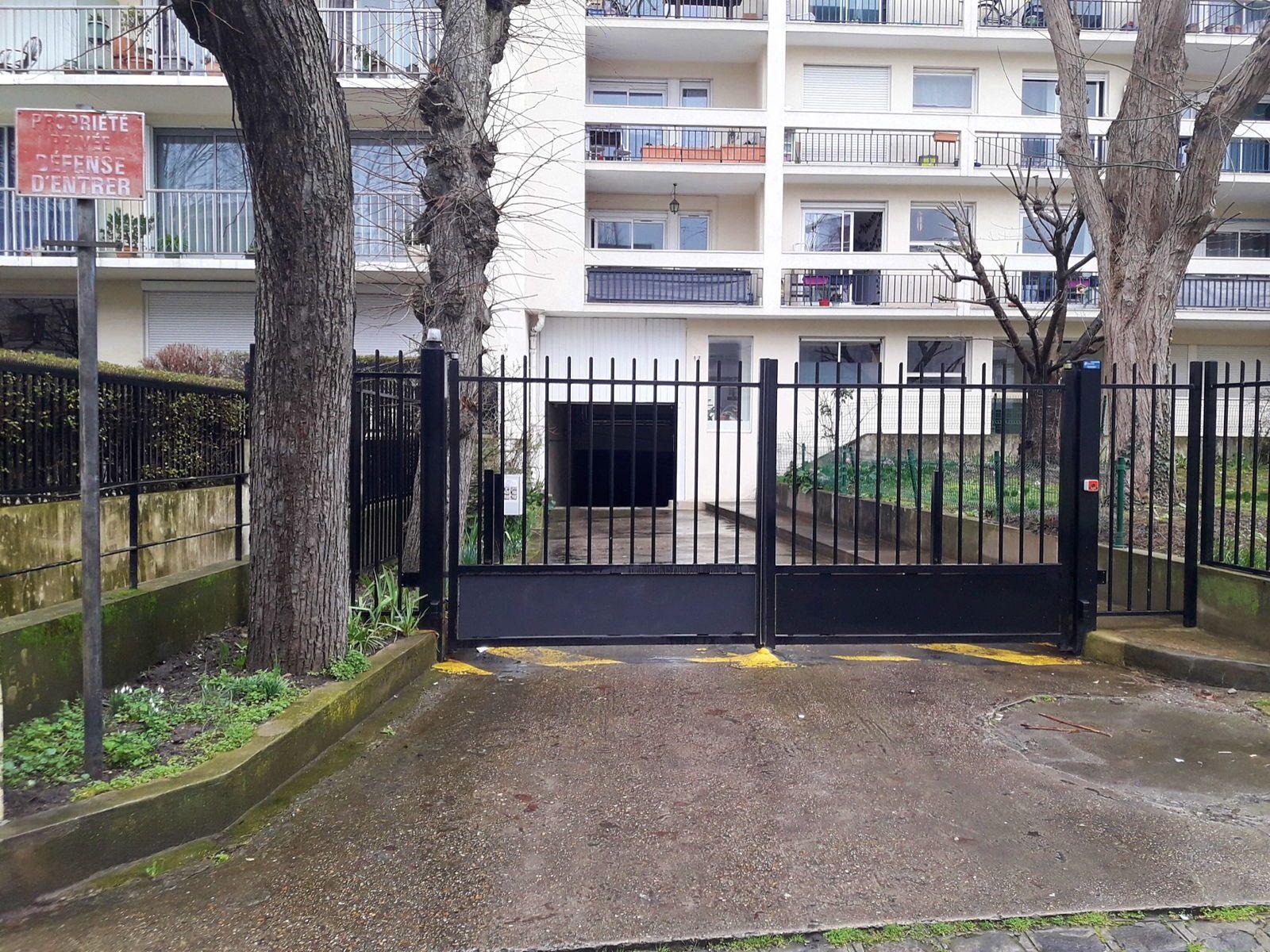 Loue place de parking 11m² - Montreuil (93)