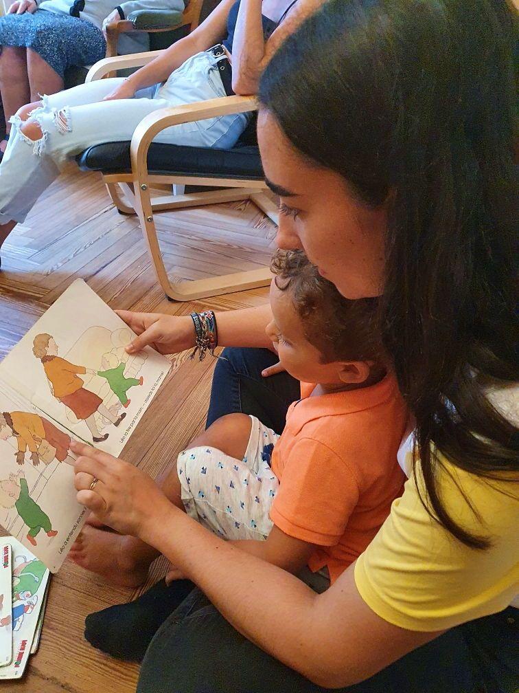 JF propose babysitting à Vannes et alentours, véhiculée