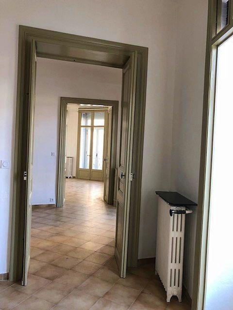 Loue appartement T596,6m² quartier St Denis Montpellier garage inclus (34)