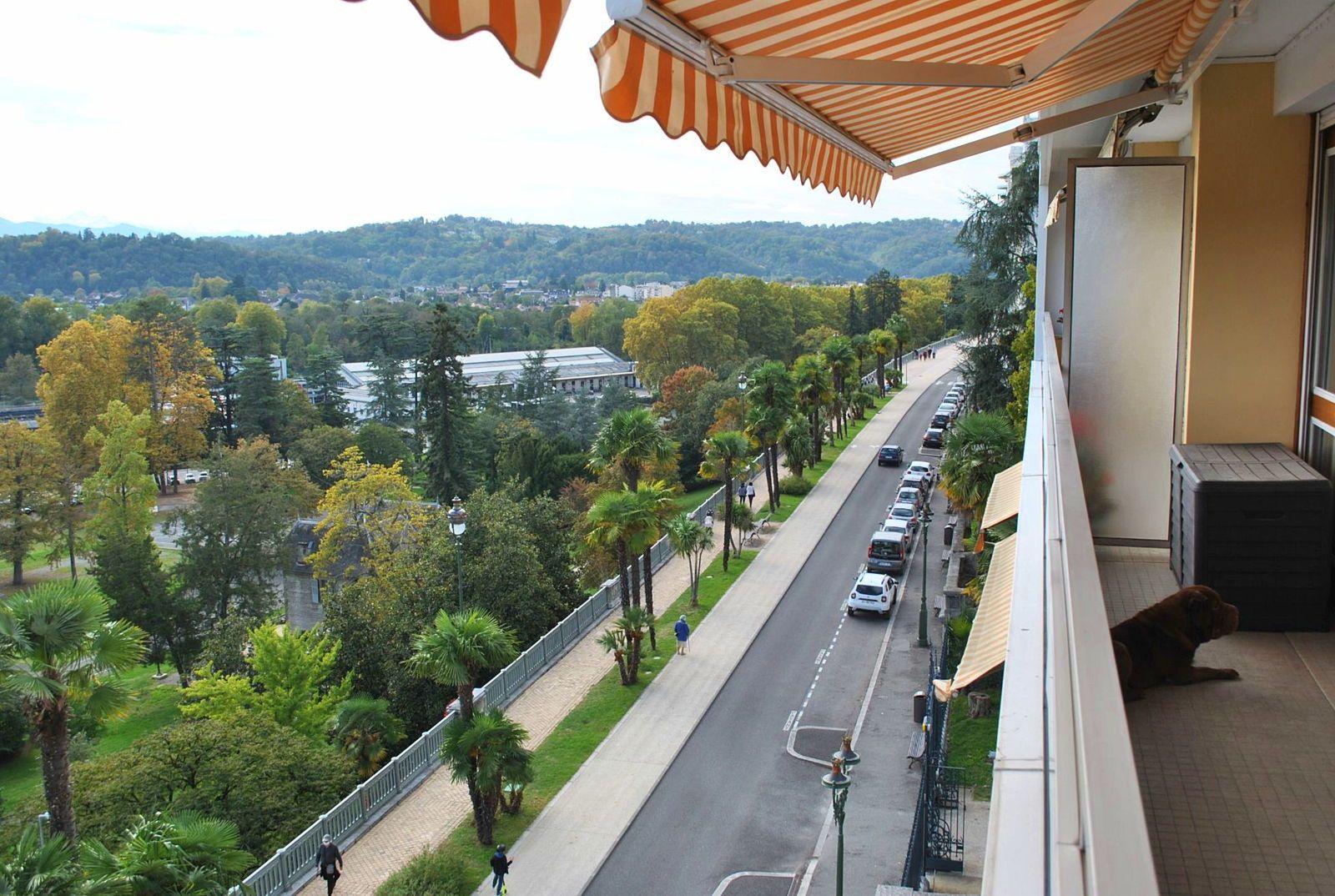 Loue appartement T2meublé 40m² Rénové Boulevard des Pyrénées Balcon Parking S/S Cave - Pau (64)