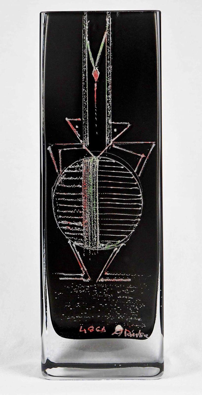 """Haut vase de A. RIECKE, à section carrée en verre coloré noir, """"1958"""""""