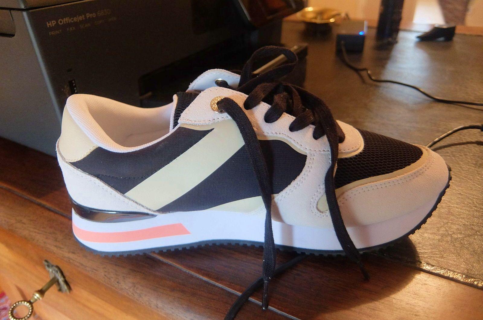 Sneakers femme de marque hilfiger, neuves - Pointure 40