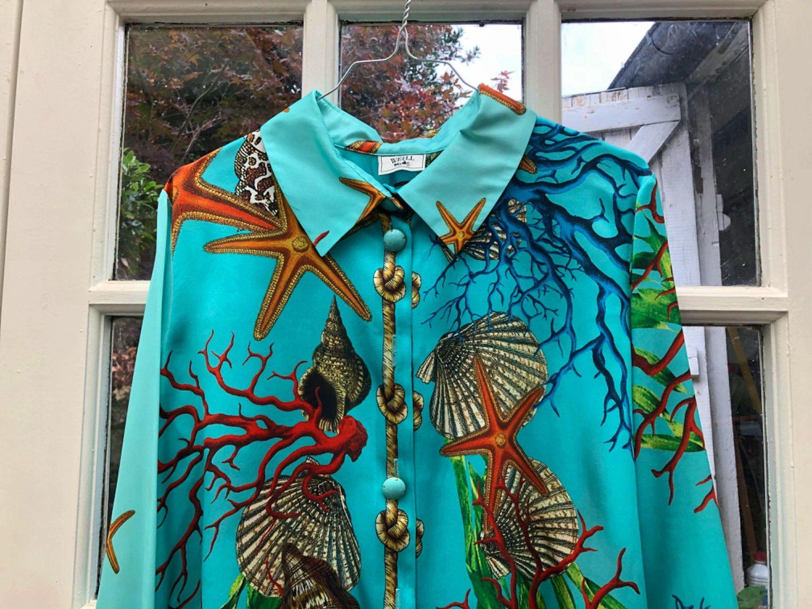 Spectaculaire chemise en satin de soie Weill taille 42
