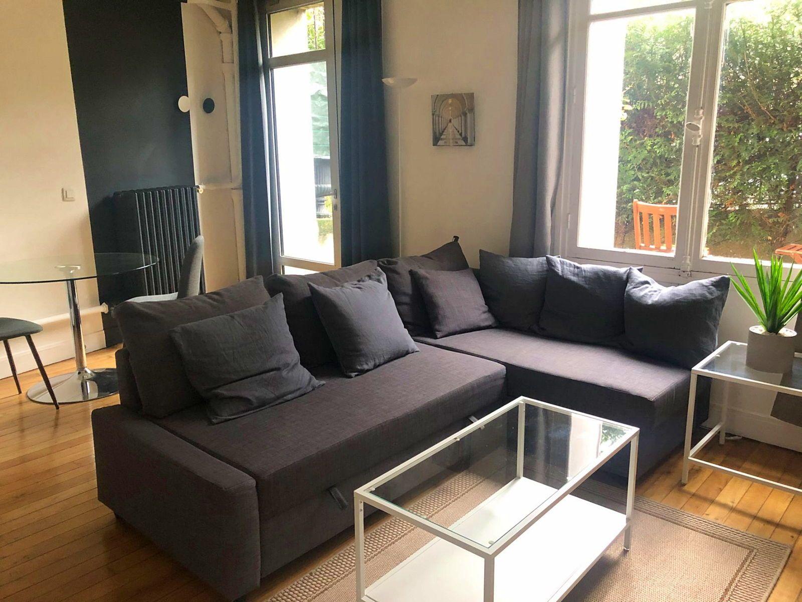 Loue studio 28m² en rez de jardin de 12m² - Paris 16ème
