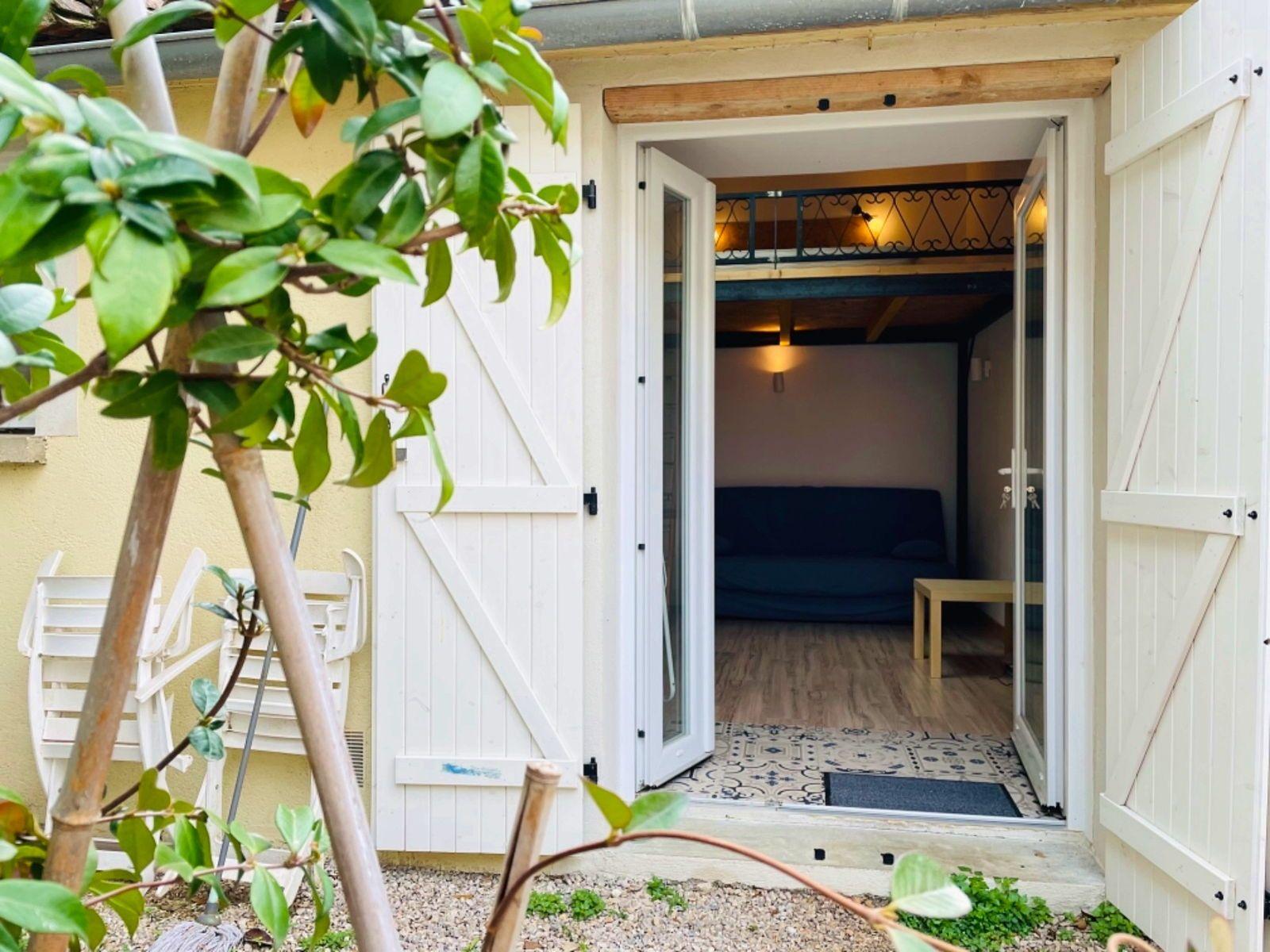 Loue Studio Meublé 20m² avec jardinet quartier Arceaux - Montpellier (34)