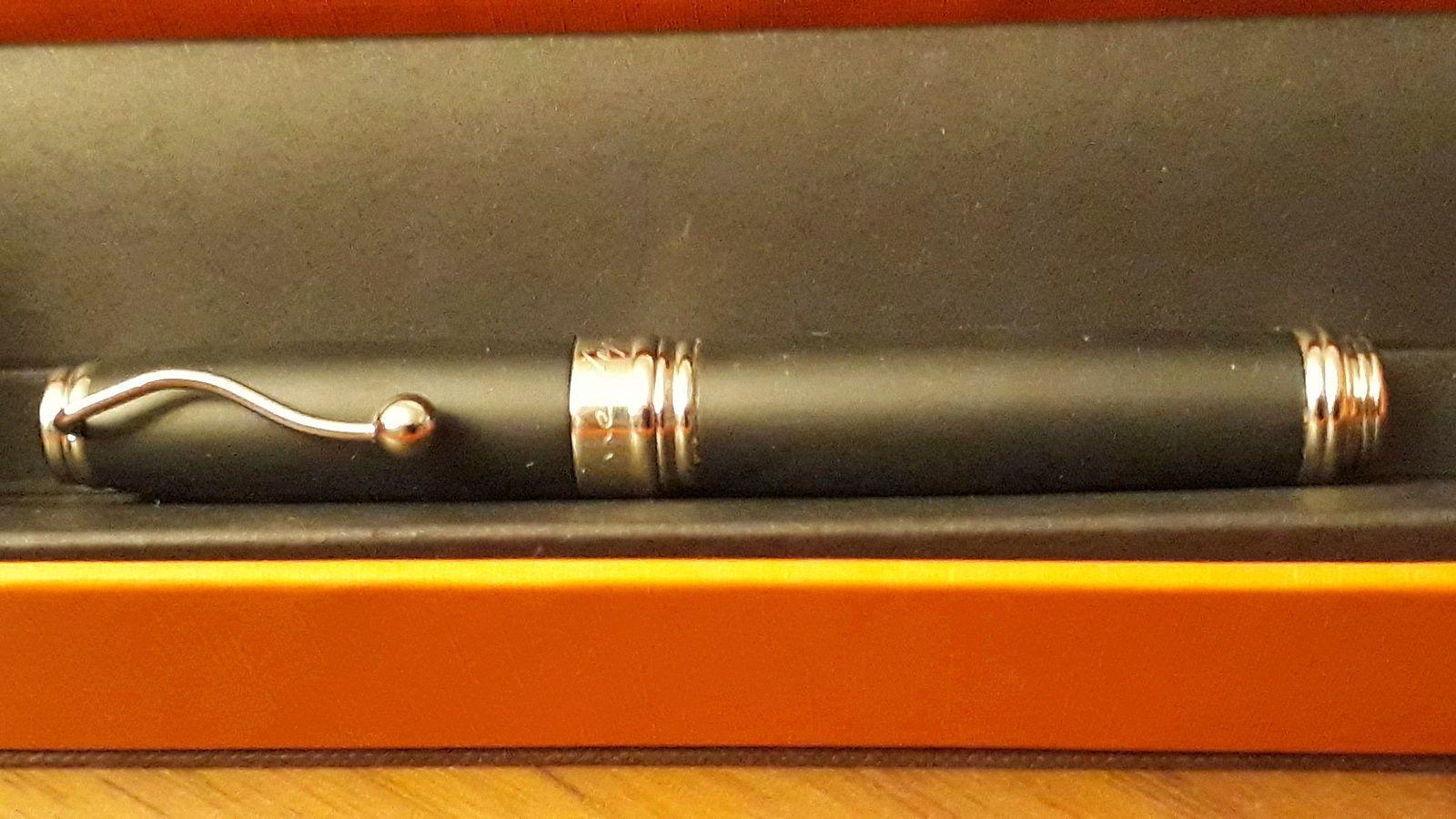 Stylo plume et stylo bille B et JP Lépine collector
