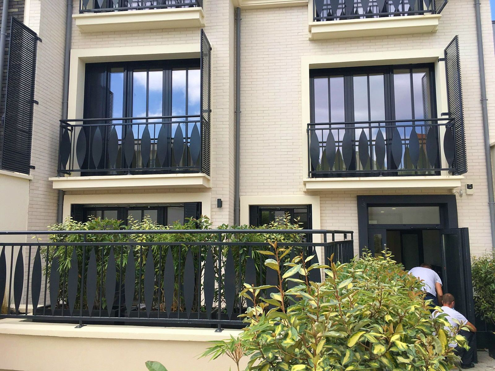 Loue superbe duplex T365m² neuf, terrasse 11m² proche gare Courbevoie (92)