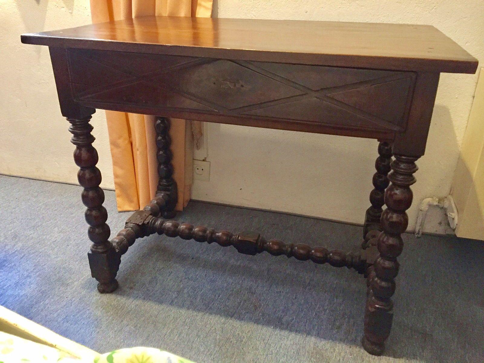 Table bureau style Louis XIII et son siège de même style