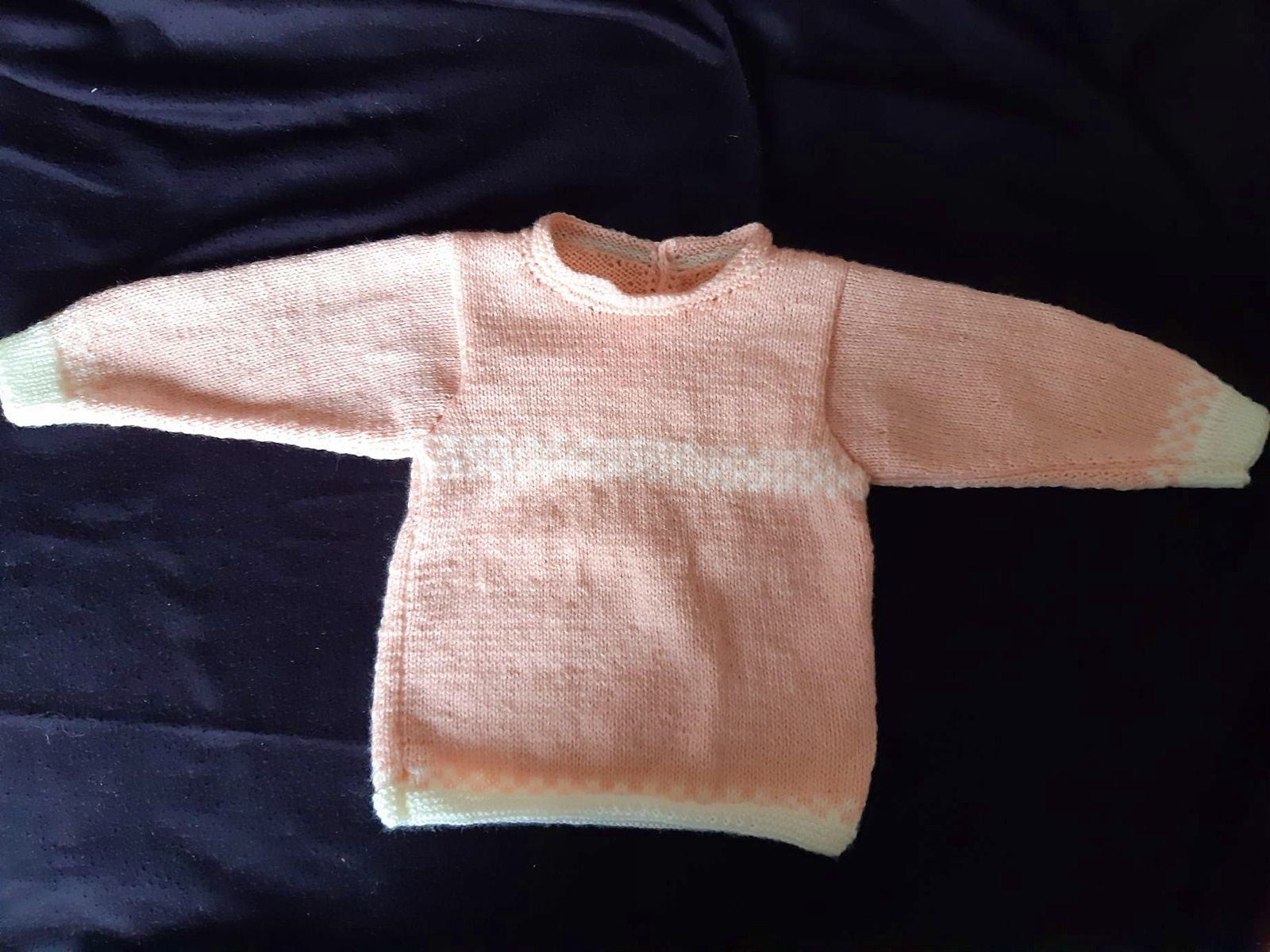 Pull tricoté main, fille, 3 ans, rose et blanc, neuf