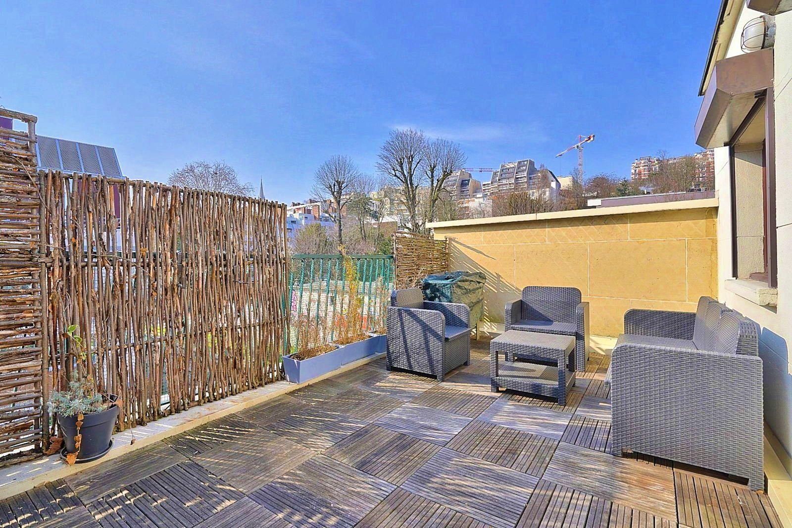 Vends Appartement 82m² 2chambres avec terrasse à Saint-Cloud (92210)