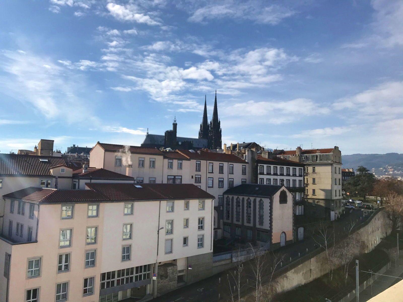 Vends appartement 125m² dernier étage hypercentre - 4chambres - Clermont-Ferrand (63)