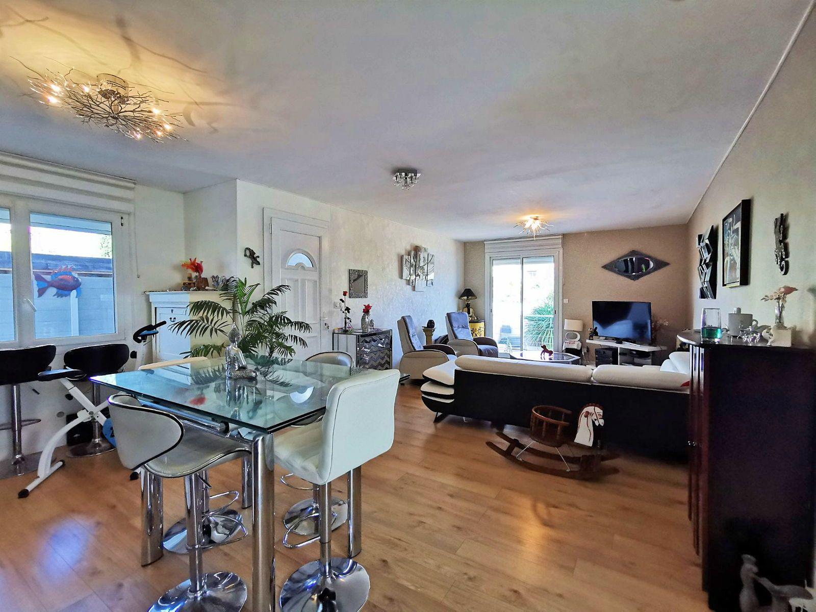 Vends bel appartement avec 295m² de jardin sur Lattes Centre